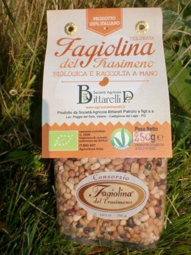 Genomskinlig påse med fagiolinabönor.
